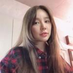 女優ユン・ウネ、アイドル時代の美貌がそのまま…時間を逆らうビジュアルを披露