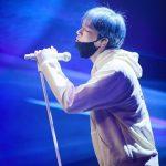 キム・ジェジュン、真剣な瞳と透き通るように幻想的な姿…オンラインコンサートに対する期待高まる