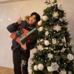 """イ・ジュンギ、明るい笑顔でファンへの溢れる愛情を表現…""""Merry Christmas~♡ LOVE"""""""