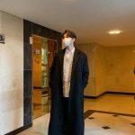 <トレンドブログ>俳優ユン・ギュンサン、ロングコート着て長身を誇る