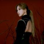 「TWICE」モモ&ミナ、赤黒いバラの誘惑…新曲「CRY FOR ME」個人ティザー公開