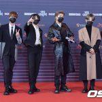 BTS(防弾少年団)のマスク着用法…WHOも注目した「良い影響」