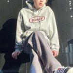 「WINNER」カン・スンユン、ビジュアルもファッションもWIN…彼氏ルックの標本