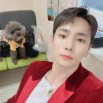 「SHINee」Key(キー)、貴公子のようなビジュアル…愛犬も見とれるw
