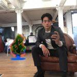 <トレンドブログ>俳優コ・ス、少しはセルフィーの腕があがった??…元祖彫刻ビジュアル