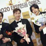 """2PM JUN. K、ニックンとウヨンと3人でダンディなタキシード姿…""""2021年は必ず良いことがたくさんあるはず"""""""