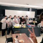 BTS(防弾少年団)、Vが写真の腕前を披露…ペク・ジョンウォンと共にした「走れ防弾(RUN BTS)」の記念写真公開