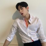 チャ・ウヌ(ASTRO)、白いシャツを解放させる「絶頂のセクシーカリスマ」…ポテンシャル爆発