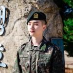 D.O.(EXO)、凛々しい軍服姿の近況を公開