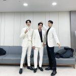 「CNBLUE」イ・ジョンシン、ジョン・ヨンファ&カン・ミンヒョクとのスリーショットで新年のあいさつ