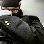 G-DRAGON(BIGBANG)、これもファッション?! 毛玉+ほこりがいっぱいでも、やっぱりオシャレ…久々の顔出しにファン歓喜