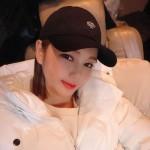 歌手ソン・ガイン、照明の必要ない美貌…暗闇も照らす女神ビジュアル