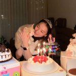 「KARA」出身の知英(ジヨン)、昨日(1/18)誕生日を迎え愛猫とツーショット…「私は私らしく生きている」