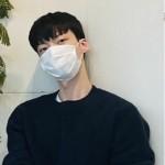 <トレンドブログ>俳優アン・ジェヒョン、マスクをしても溢れているカッコよさ!