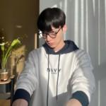 """<span class=""""title"""">俳優アン・ジェヒョン、痩せていく近況…35歳とは思えない童顔なビジュアル</span>"""