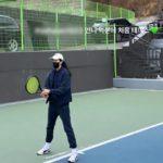 """<span class=""""title"""">女優ハン・ヒョジュ、週末の日常を公開…""""お姉さんのおかげで初めてのテニス""""</span>"""