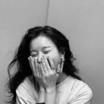 """<span class=""""title"""">女優ハン・ヒョジュ、親友ハン・ジミンが撮影した近況ショットが歴代級の美貌</span>"""
