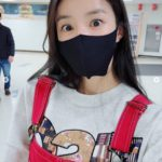 """<span class=""""title"""">女優イ・シヨン、オーバーオールもよく似合う…「かわいさの制限超えた」</span>"""