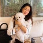 """<span class=""""title"""">女優キム・ヒソン、犬を抱いて誇った変わらない""""女神美貌""""</span>"""