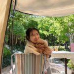 "<span class=""title"">女優チェ・ジウ、週末はキャンプ生活?愛犬を抱いてニッコリ</span>"