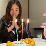 "<span class=""title"">女優ファン・シネ、58回目の誕生日…信じられない童顔美貌</span>"