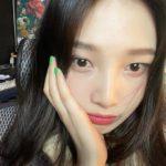 """<span class=""""title"""">ジョイ(Red Velvet)、「まだ私のセルカ下手ですか?」</span>"""