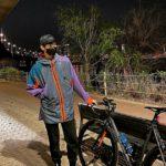 """<span class=""""title"""">俳優キム・スヒョン、夜景をバックにサイクリングの途中…グラビアのような日常</span>"""