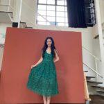 """<span class=""""title"""">「少女時代」ユリ、ディープグリーンのドレスでハツラツセクシー….蠱惑的な美しさ</span>"""