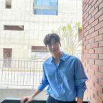 "<span class=""title"">俳優キム・ソンホ、今年の夏を強打する魔性の雰囲気男子</span>"