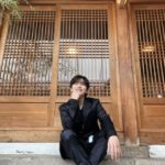 """<span class=""""title"""">B1A4サンドゥル、ブラックスーツ姿に止まらぬ胸キュン…OST「あなたひとり」をPR</span>"""
